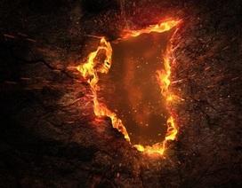 """Hố """"tử thần"""" bốc cháy bất ngờ xuất hiện, dân Mỹ sợ quỷ Satan"""
