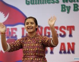 Khiêu vũ liên tiếp 126 giờ không nghỉ, thiếu nữ ghi tên mình vào kỷ lục Guinness