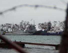 Nga bí mật di chuyển các tàu chiến của Ukraine khỏi cảng Kerch?
