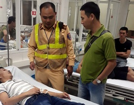 CSGT Hà Nội cứu nam thanh niên co giật khi đang lái ô tô