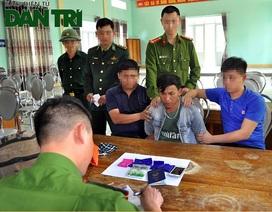 Bắt người đàn ông nước ngoài mang ma túy đá vào Việt Nam tiêu thụ