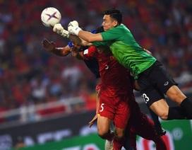 """Thủ môn Đặng Văn Lâm """"nhàn"""" nhất AFF Cup 2018"""