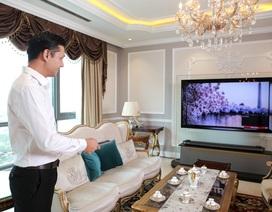 """TV trăm triệu, """"gu chơi"""" của các phòng khách thượng lưu"""