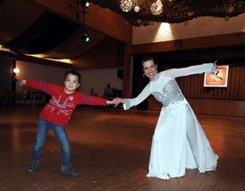 Người Việt ở Đức tưng bừng với vũ hội chào Xuân