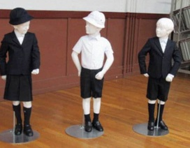 Nhật Bản: Phụ huynh bức xúc vì nhà trường bắt mua đồng phục đắt tiền