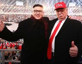 """Bản sao """"Donald Trump - Kim Jong-un"""" gây chú ý tại Thế vận hội"""