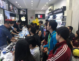 iPhone X gây sốt ngày cận tết, nhiều cửa hàng tăng ca đêm