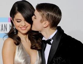"""Những cặp """"sao"""" hạnh phúc đón Valentine đầu tiên bên nhau"""