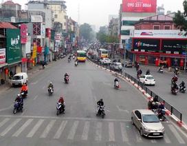 """Bến xe, đường phố Hà Nội """"hạ nhiệt"""" ngày 29 Tết"""