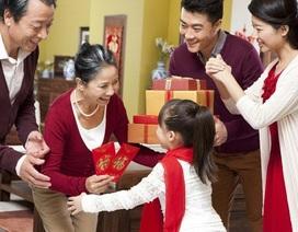 Tết Mậu Tuất 2018, chọn tuổi nào xông nhà để mang lại may mắn cả năm?