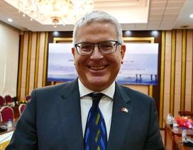 Đại sứ Australia chúc mừng năm mới bằng tiếng Việt