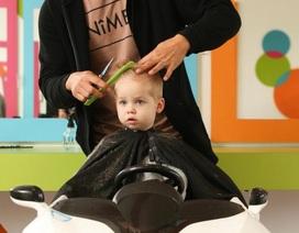 Bỏ việc ngân hàng để mở tiệm cắt tóc cho trẻ, kiếm gần 21 tỷ đồng/năm