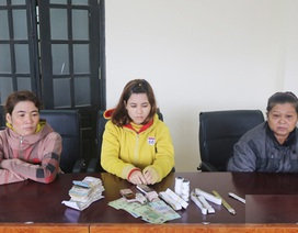 """Bắt nhóm """"nữ quái"""" từ Tây Ninh ra miền Trung trộm tiền công đức"""