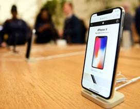 """iPhone X """"ế"""" hàng khiến Samsung cũng """"vạ lây"""""""