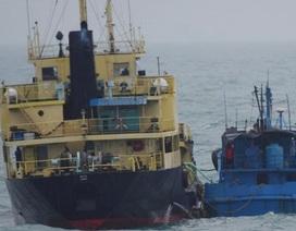 """Nhật Bản """"tố"""" tàu Triều Tiên giao dịch với tàu nghi của Trung Quốc"""