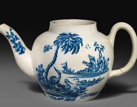 Mua ấm trà cũ giá nửa triệu mới biết là đồ cổ, bán được hơn 18 tỷ đồng