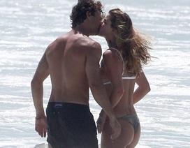"""Nina Agdal hò hẹn với """"phi công trẻ"""" sau khi chia tay Leonardo DiCaprio"""