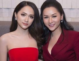 Hương Giang không hề kém cạnh khi đọ sắc cùng ứng viên Hoa hậu Chuyển giới