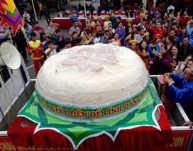 """Không đồng ý làm bánh dày """"khổng lồ"""" dâng Đền Hùng"""