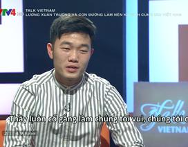 """Đội trưởng U23 Xuân Trường """"nói xấu"""" đồng đội bằng tiếng Anh"""