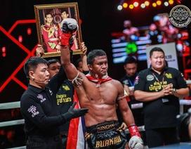"""""""Thánh Muay Thái"""" hạ gục nhà vô địch châu Âu sau 2 phút"""