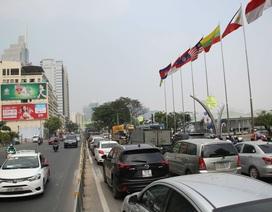 Giao thông ùn ứ nhiều giờ sau tai nạn chết người ở trung tâm Sài Gòn