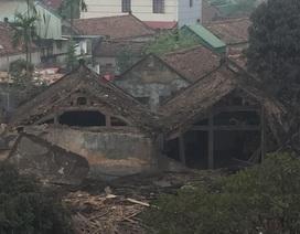 Nổ cực lớn làm sập nhà, 2 trẻ tử vong, nhiều người bị vùi lấp
