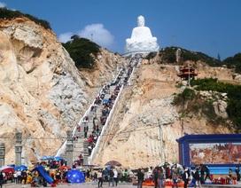 Vạn người chen chân chiêm ngưỡng tượng Phật ngồi lớn nhất Đông Nam Á