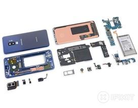 """""""Mổ xẻ"""" Galaxy S9+ sản xuất ở Việt Nam"""