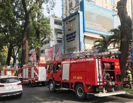 """Hàng chục lính cứu hỏa """"nháo nhào"""" vì tin báo cháy giả"""