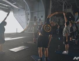 """Cuộc sống trên """"thành phố nổi"""" USS Carl Vinson vừa thăm Việt Nam"""