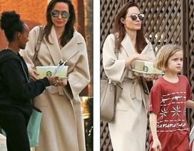 Angelina Jolie thanh lịch cùng con ra phố