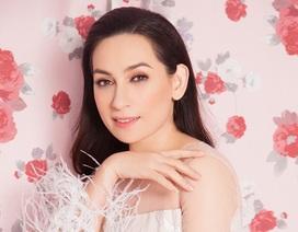"""Phi Nhung khoe vẻ đẹp gợi cảm ở tuổi 45, tự nhận """"sợ đại gia"""""""
