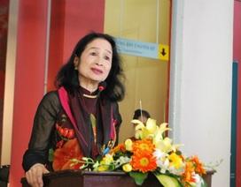 NSND Trà Giang nghẹn ngào trong lễ kỷ niệm 65 năm Điện ảnh Cách mạng