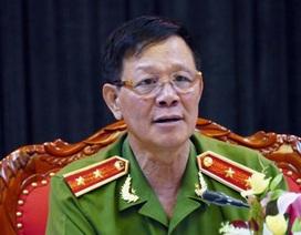 Công an Phú Thọ làm việc với tướng Phan Văn Vĩnh về đường dây đánh bạc nghìn tỷ