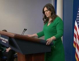 """Nhà Trắng """"đứng hình"""" trước câu hỏi ông Putin là bạn hay thù"""