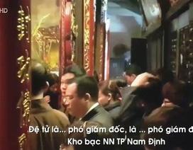 Cách chức Giám đốc Kho bạc Nhà nước đi lễ trong giờ hành chính