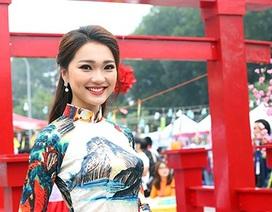 Hot girl Ngọc Nữ diện áo dài xinh đẹp trong lễ hội văn hóa Nhật Bản