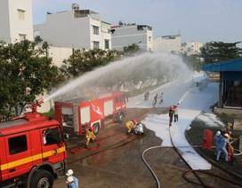 Giả định tình huống cháy nổ kho xăng dầu sân bay Tân Sơn Nhất