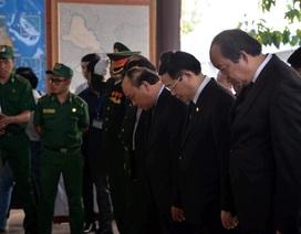 Thủ tướng Nguyễn Xuân Phúc viếng ông Phan Văn Khải