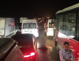 Vì sao cao tốc Pháp Vân - Cầu Giẽ ùn tắc nghiêm trọng hơn 7 tiếng?