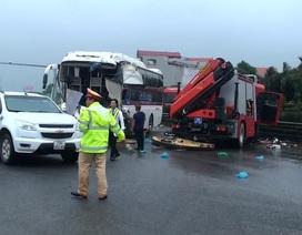 Vụ xe cứu hỏa đấu đầu xe khách: Một cảnh sát PCCC tử vong