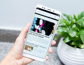 Đập hộp Xiaomi Redmi 5 Plus chính hãng giá 4 triệu đồng tại Việt Nam