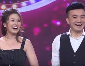 Sau lùm xùm, Dương Ngọc Thái lần đầu xuất hiện cùng vợ trên sóng truyền hình