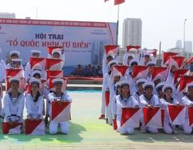 Bạn trẻ Đà Nẵng lập kỷ lục Việt Nam về đồng diễn hướng về biển đảo