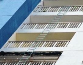 Nháo nhào tìm mua thiết bị cứu nạn sau vụ cháy chung cư Carina