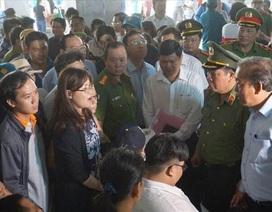 """Vụ cháy chung cư Carina: Hơn 400 cư dân  """"cầu cứu"""" Phó Thủ tướng Trương Hoà Bình"""