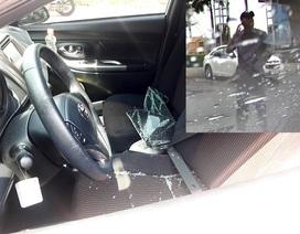 """Cảnh báo thủ đoạn của """"đạo chích"""" chuyên đập kính ô tô trộm tài sản"""