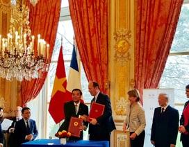 Việt Nam hợp tác với Pháp về công nghệ vũ trụ và sở hữu trí tuệ