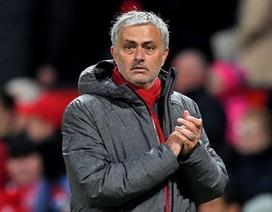 Mourinho lo lắng về cuộc đua top 4 Premier League